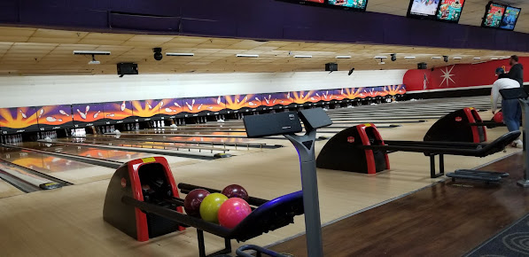 AMF South Hills Lanes