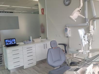 Clínica Dental Valverde & Bolado