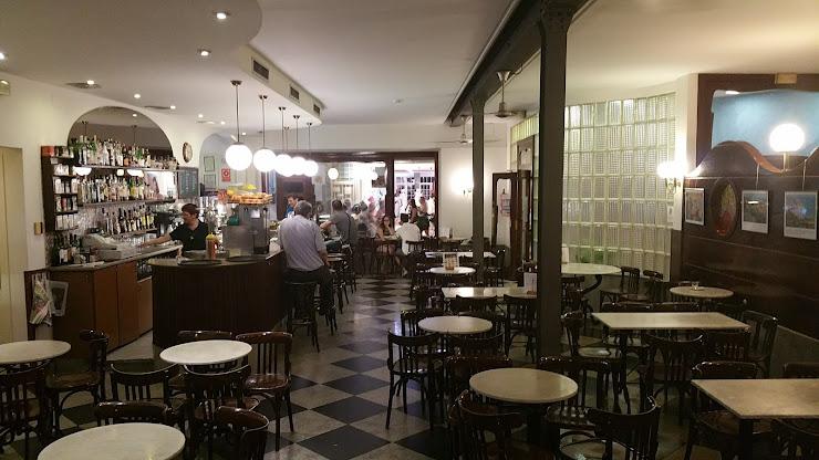 Restaurante Gringo Joes y, Carrer de Ramon i Cajal, 24, 08370 Calella, Barcelona