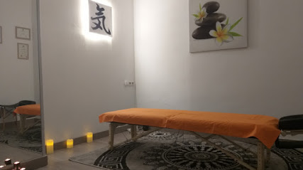 imagen de masajista Centro de Masaje Shiatsu Shiatsuqui