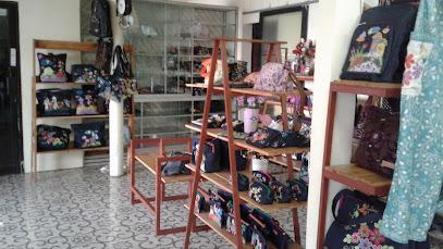 Galeri Kartini Bordir - Surabaya