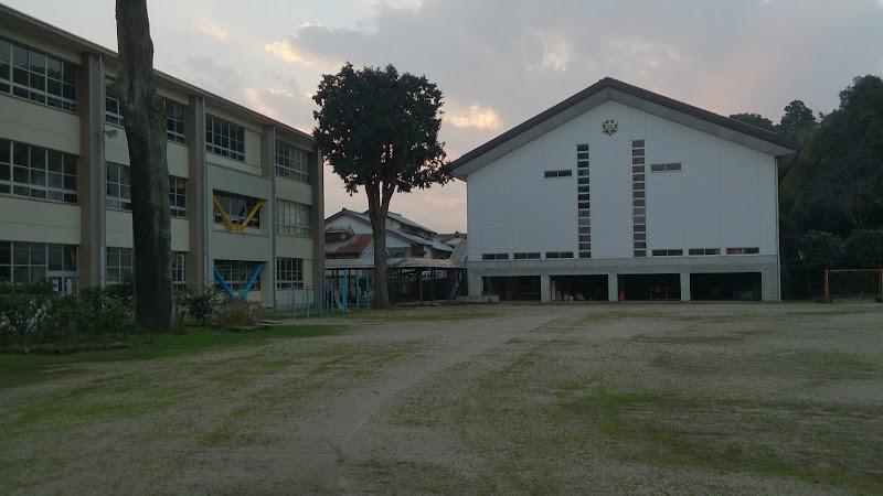 小学校 北谷
