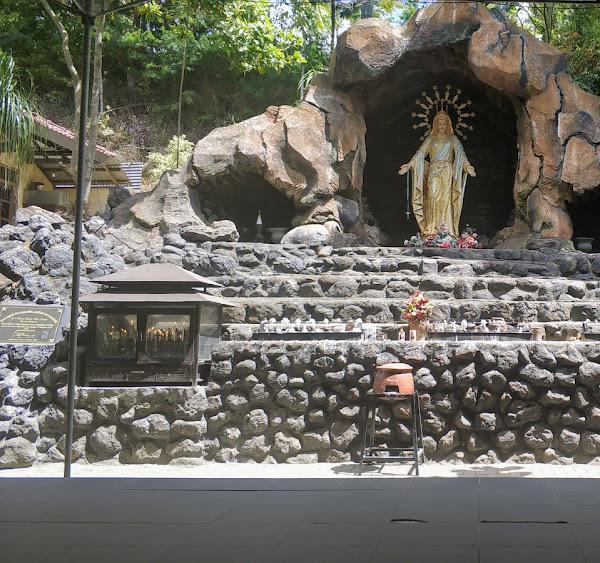Gua Maria Pereng Salatiga