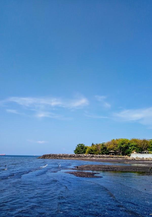 Pantai Pathek Situbondo
