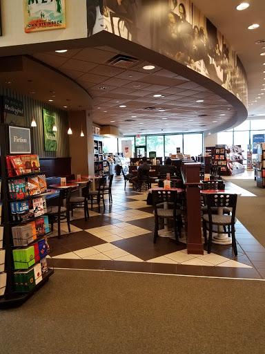 Book Store «Barnes & Noble Booksellers - Bandera», reviews