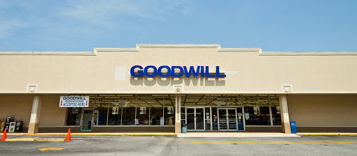 Goodwill of North Georgia: Lilburn Store and Donation Center, 5279 Lawrenceville Hwy NW, Lilburn, GA 30047, Donations Center