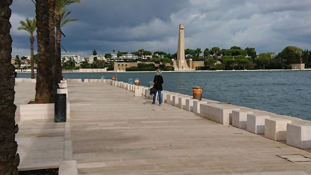 Hafenpromenade Brindisi