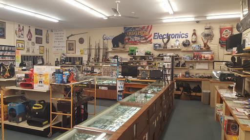 Hat City Pawn, 17 Federal Rd, Danbury, CT 06810, Pawn Shop