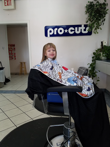 Beauty Salon «Pro-Cuts», reviews and photos, 1207 NE Big Bend Trail, Glen Rose, TX 76043, USA
