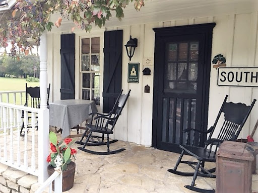 Bed & Breakfast «Country Woods Inn», reviews and photos, 420 Grand Ave, Glen Rose, TX 76043, USA