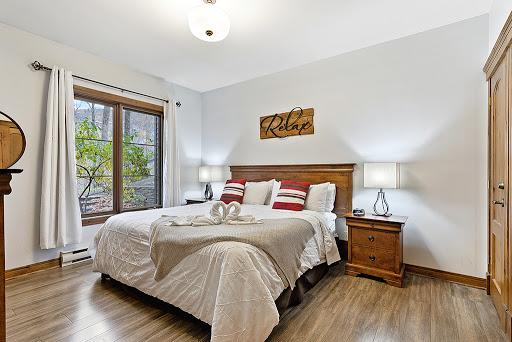 Home Rental Le Manoir 106-5 by Escapades Tremblant in Mont-Tremblant (Quebec) | LiveWay