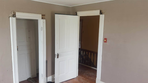 Painter CPB Painting in London (ON)   LiveWay