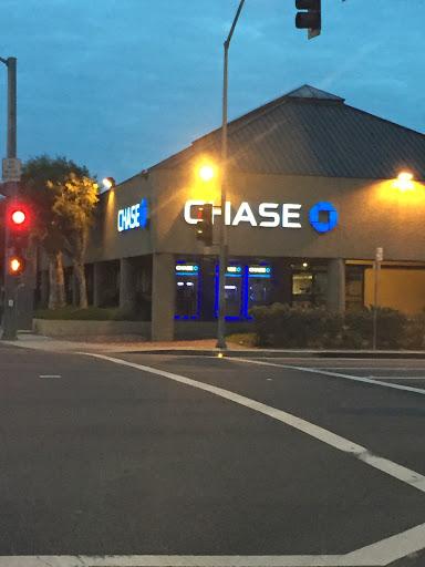 Chase Bank, 8450 Firestone Blvd, Downey, CA 90241, USA, Bank