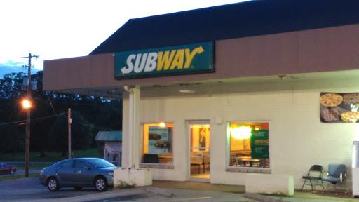 Restaurant «SUBWAY®Restaurants», reviews and photos, 3381 Hwy 48 N, Charlotte, TN 37036, USA