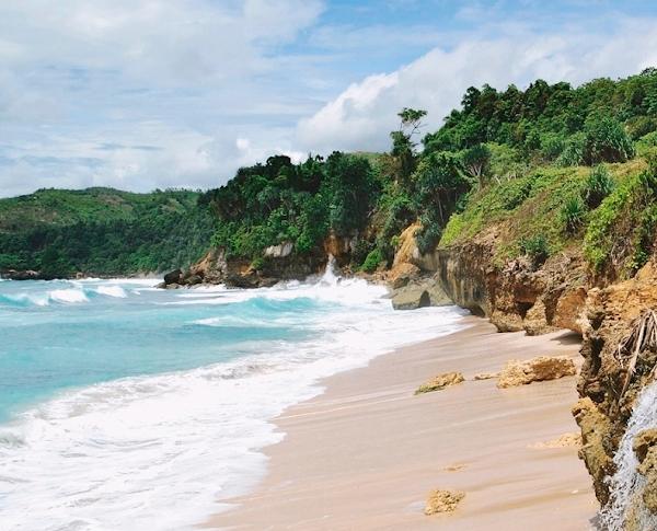 Pantai Pacar