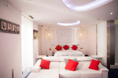 Alaia Holidays Apartments & Suites