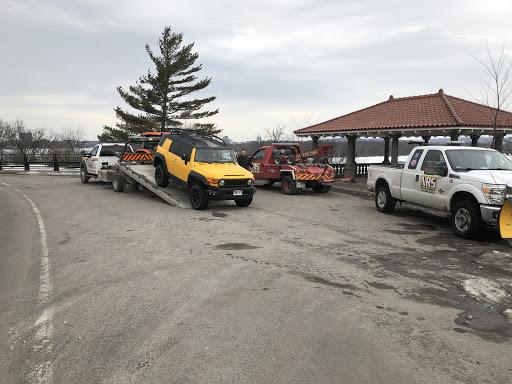 Towing Service Remorquage NRS Towing in Chemin Côte-d'un-Mille () | AutoDir