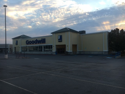 Goodwill Store and Donation Center, 5914 Hwy 5 N, Bryant, AR 72022, Non-Profit Organization