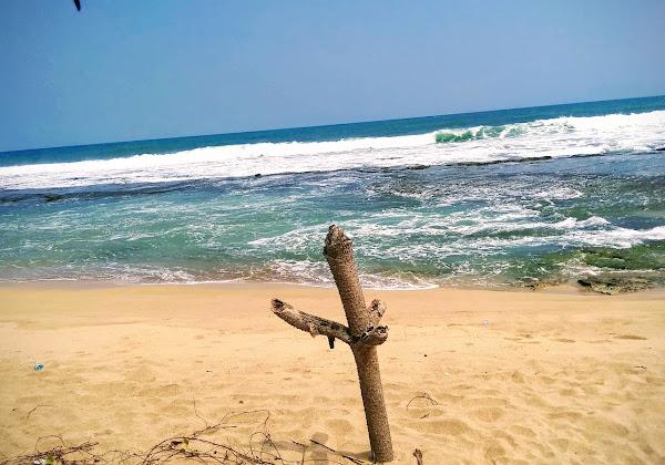 Pantai Pasir Putih Cihara