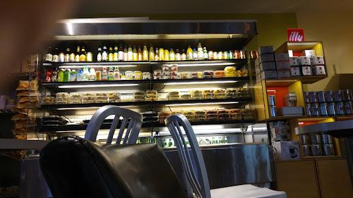L'Artisan Cafe & Bakery