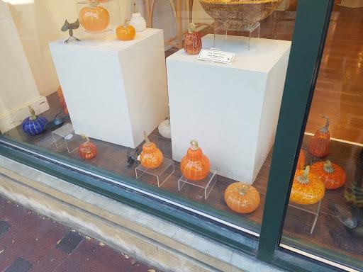 Art Gallery «Frog Hollow Vermont State Craft Center», reviews and photos, 85 Church St, Burlington, VT 05401, USA