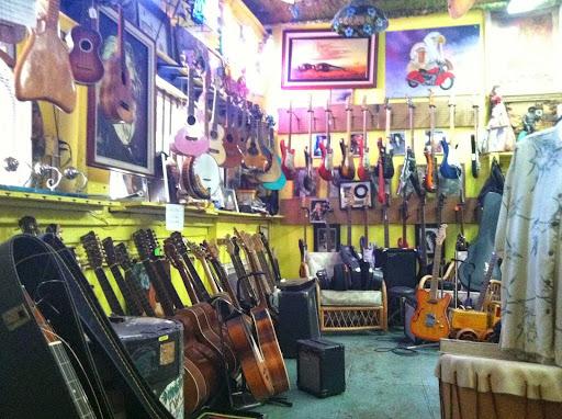West Maui Gold & Loan, 1000 Limahana Pl, Lahaina, HI 96761, Pawn Shop
