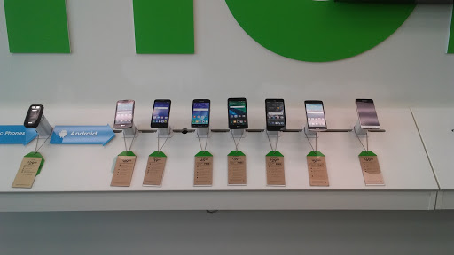 Cell Phone Store «Cricket Wireless», reviews and photos, 370 S Hwy 27 Loop 3 #3, Somerset, KY 42501, USA