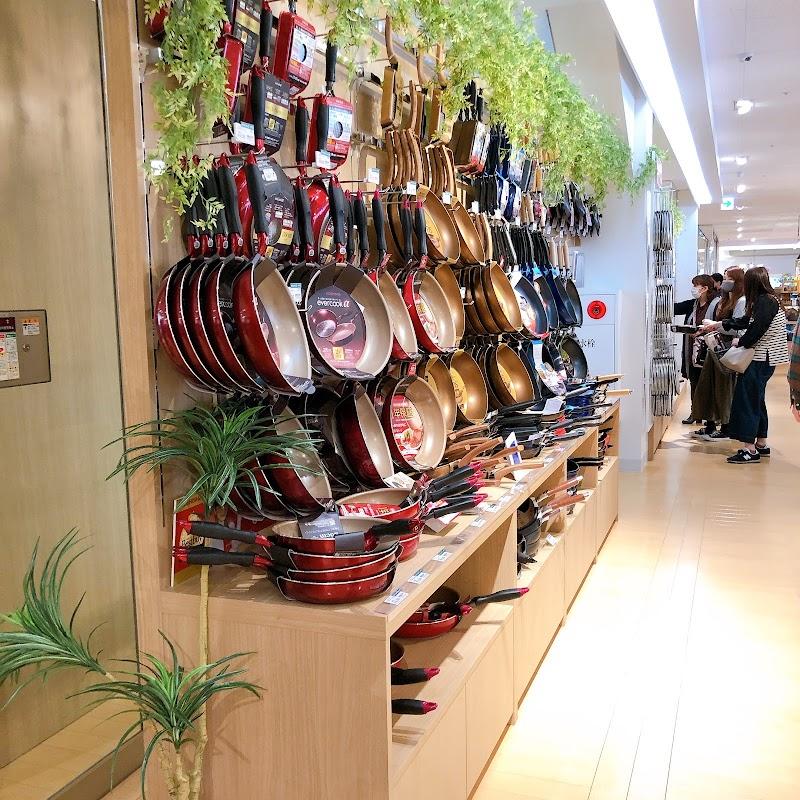 東京インテリア家具筑紫野店
