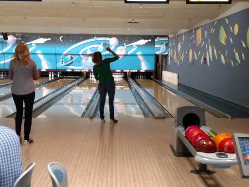 Bowling Alley «Fort Myer Bowling Center», reviews and photos, 411 McNair Rd, Fort Myer, VA 22211, USA