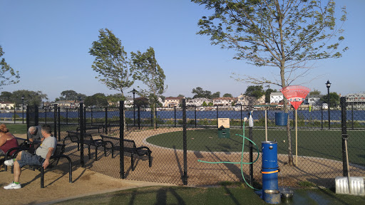 Dog Park «Bay Park Dog Park», reviews and photos, 2 Marjorie Ln, East Rockaway, NY 11518, USA