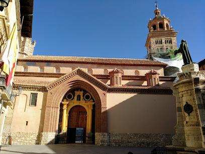Cathedral of Santa María de Mediavilla