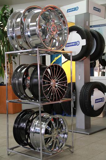 Tire Shop Point S - Robert Bernard in Granby (Quebec)   AutoDir