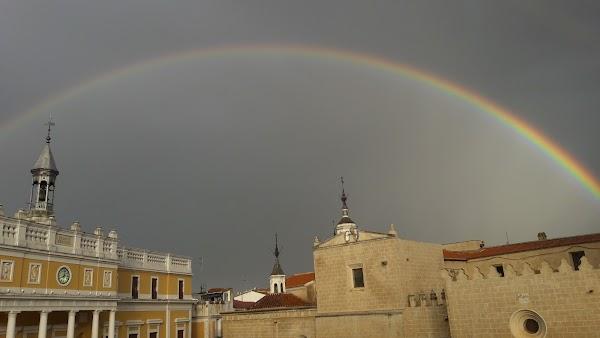 Colegio Oficial de Aparejadores y Arquitectos Técnicos de Badajoz