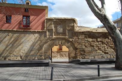 Wall Revellín