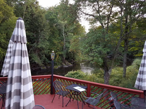 American Restaurant «River Edge Restaurant & Lounge», reviews and photos, 951 State Route 17B, Mongaup Valley, NY 12762, USA
