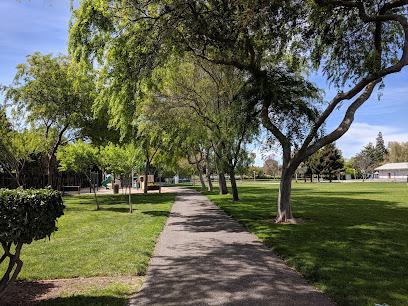 Monta Loma Park