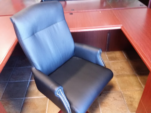 Office Furniture Store «Used Office Furniture Connection - Dallas», reviews and photos, 1910 Old Denton Rd, Carrollton, TX 75006, USA
