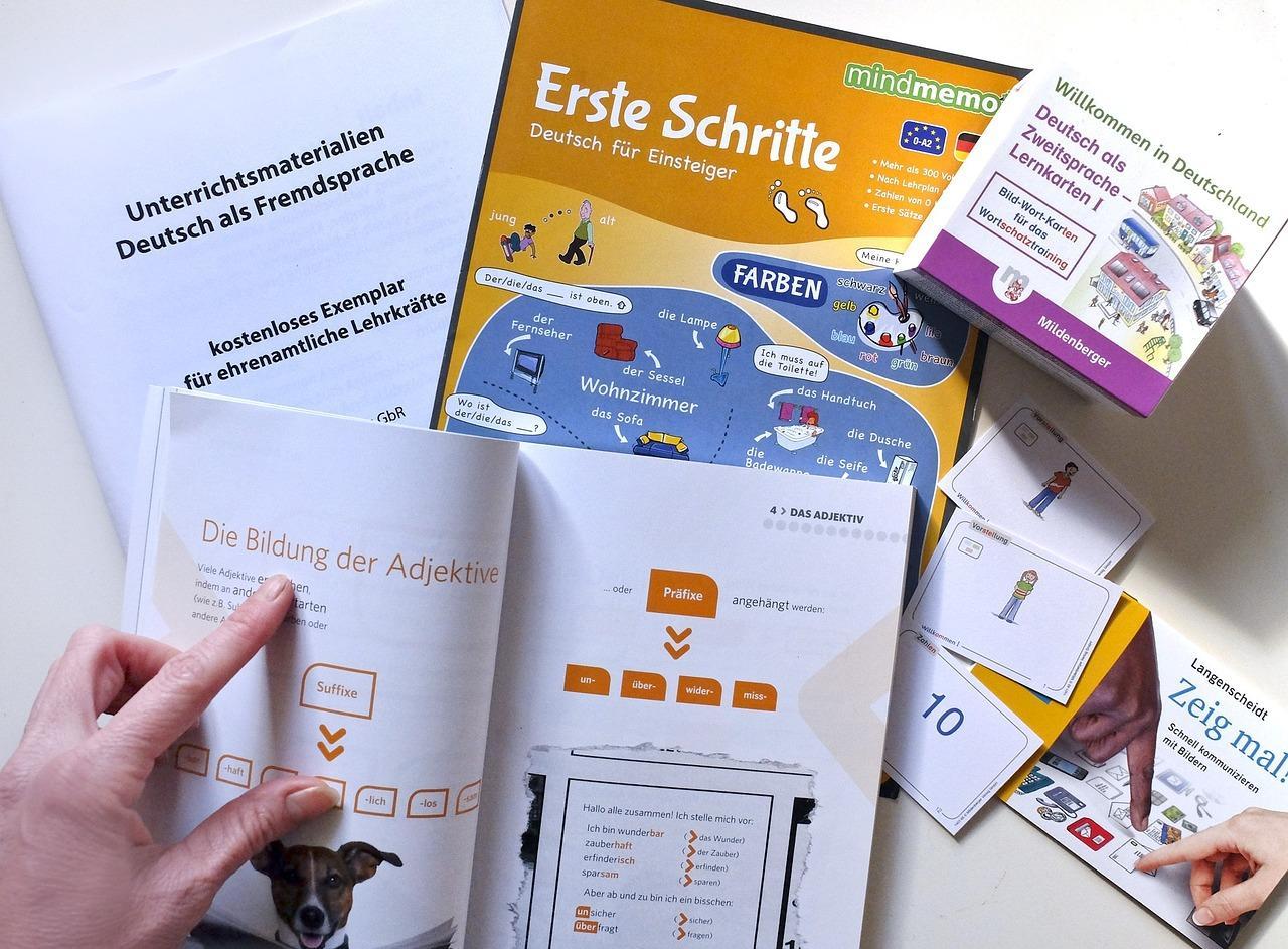 Không chỉ học trung tâm, bạn có thể học tiếng Đức online thông qua website
