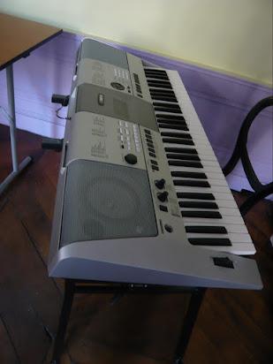Manual Piano Yamaha Psr E413