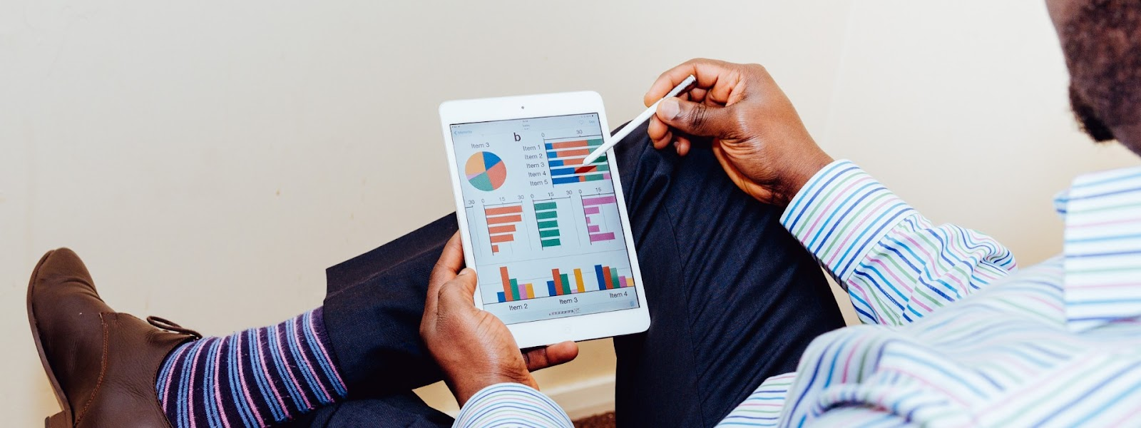 a business case looks at the wrong data for analyzing creative ideas