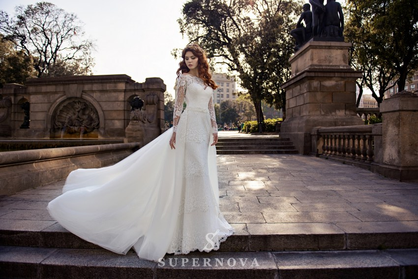 Свадебное платье со съемным шлейфом оптом