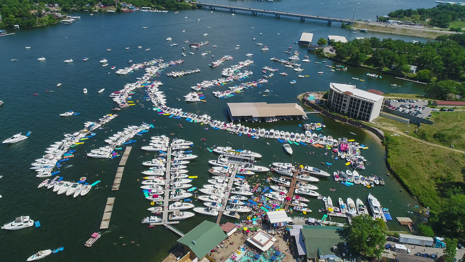 aquapalooza lake of the ozarks