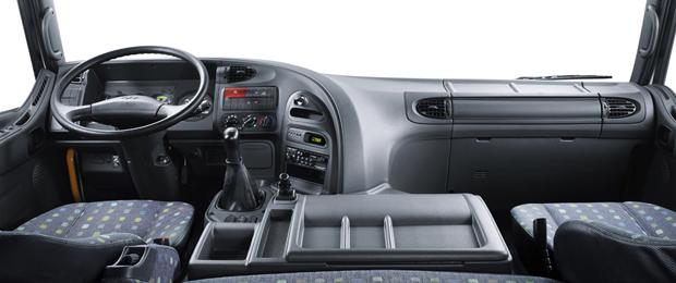 Đầu kéo Hyundai HD700 8.png