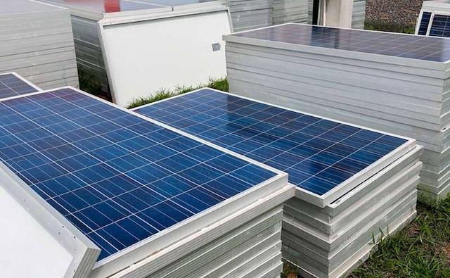 Kích thước tấm pin năng lượng mặt trời thường vừa phải