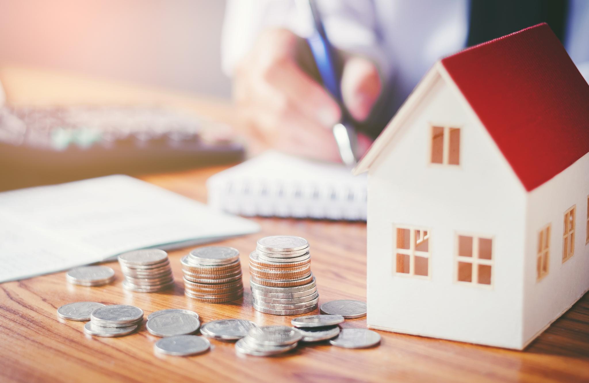 Đặc điểm và lợi ích của gửi tiết kiệm hàng tháng