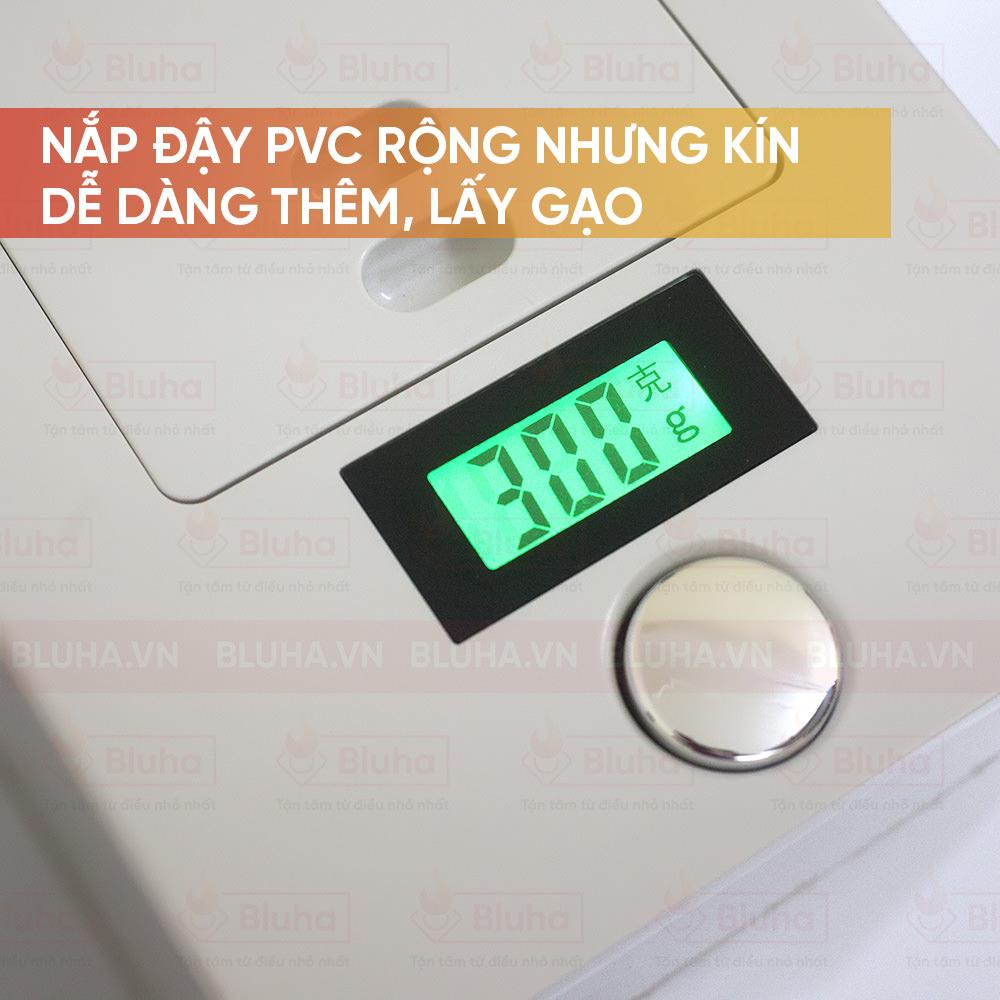 Nắp đậy PVC rộng nhưng kín dễ dàng thêm, lấy gạo - Thùng gạo gắn cánh Qman - Phụ kiện bếp chính hãng