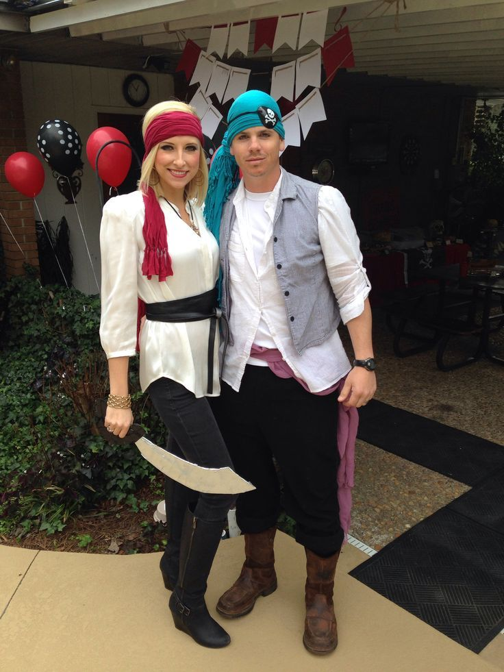 Pirate  sc 1 st  Her C&us & 6 DIY Costumes Perfect for College Students | Her Campus