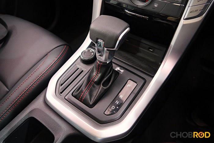 เกียร์ออโต้ 6 สปีด มีโหมดการขับขี่ 3 รูปแบบ คือ 2H, 4H และ 4L