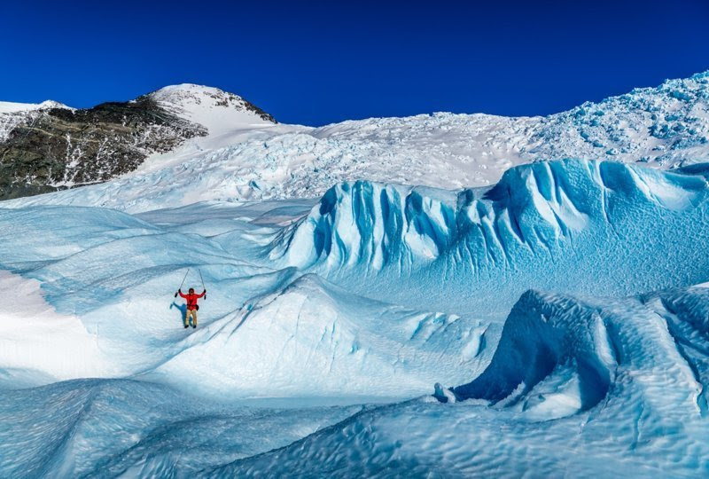 Чтобы понять масштаб ледника, достаточно увидеть фото с человеком антарктида, интересно, пик Винсона, путешествие, скалолазание, фотоотчет