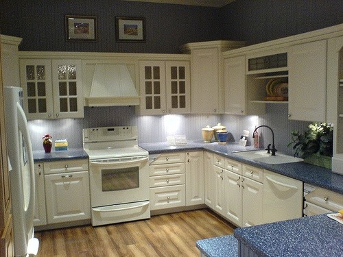 Budget Kitchen Renovations - Classic Furniture DIY